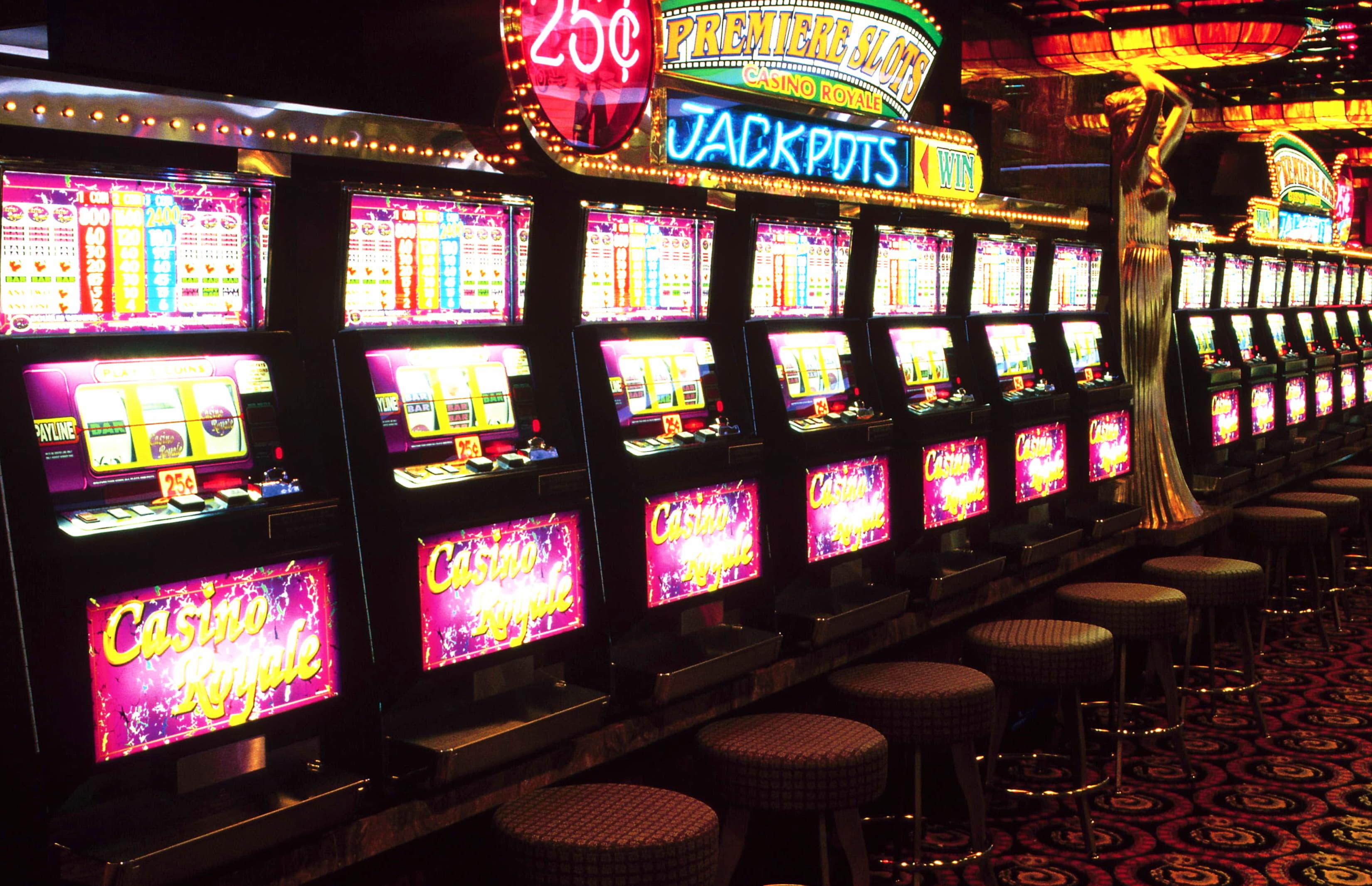 $605 Daily freeroll slot tournament at Jackpot City Casino